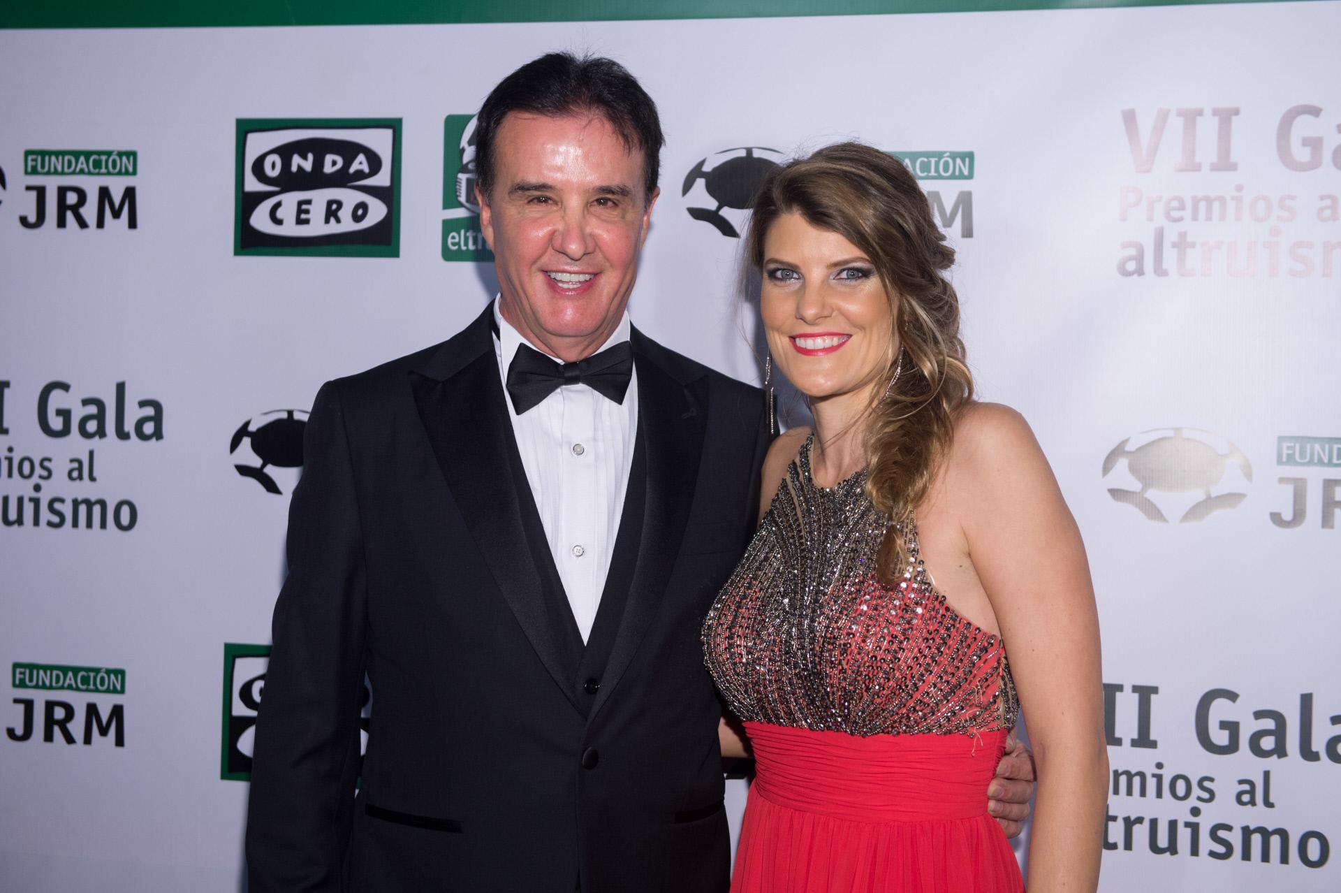 De la Morena y su actual pareja, Laura Vázquez.
