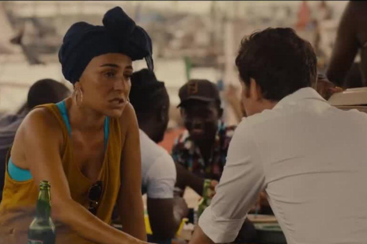 Candela Peña interpreta a una amiga del protagonista que juega un papel crucial en su aventura.