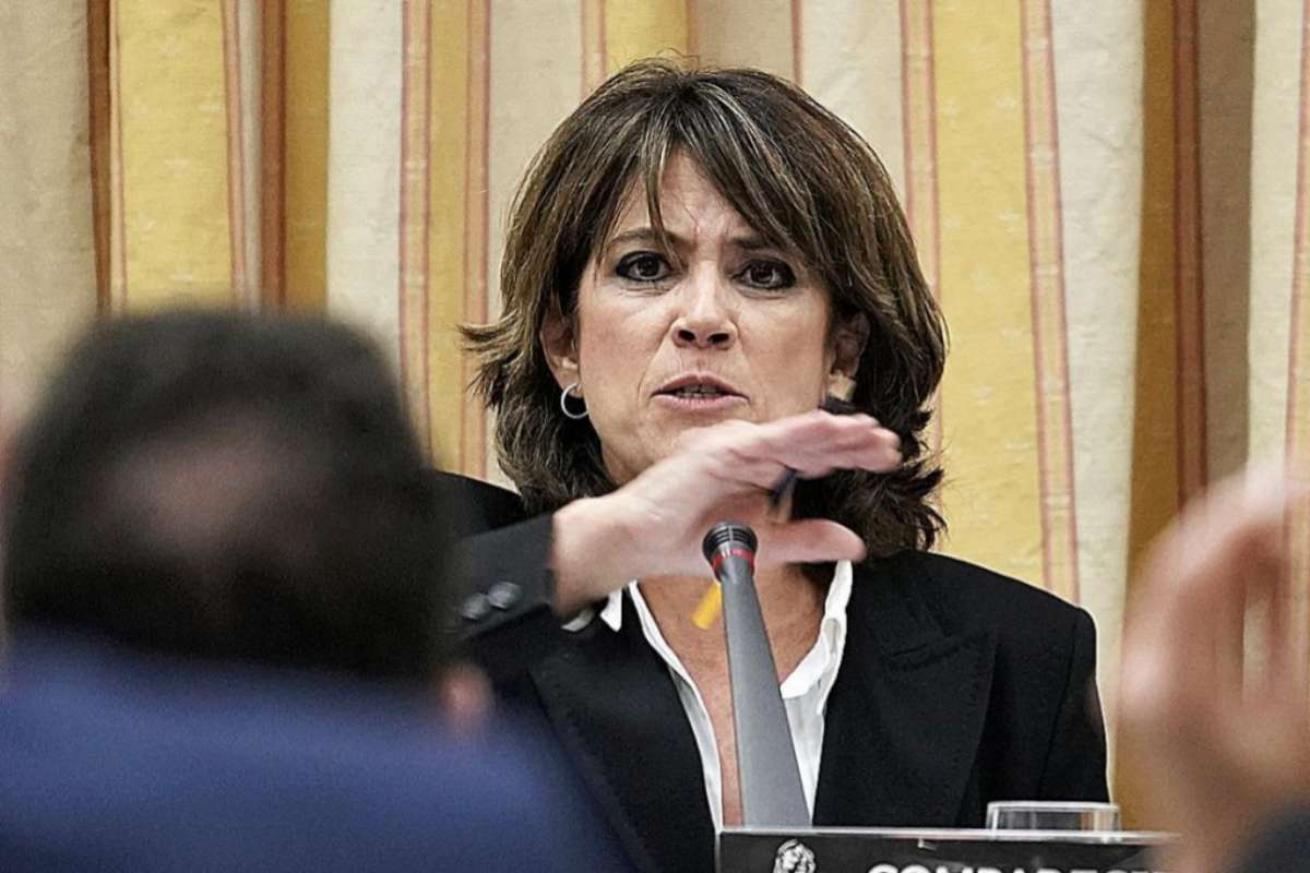 """La Asociación de Fiscales señala a Delgado y denuncia """"el mayor descrédito de la Fiscalía en 40 años"""""""
