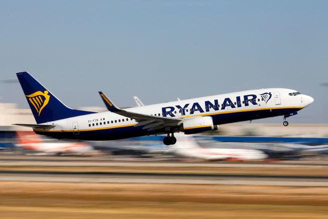 Ryanair se lanza a la caza agresiva de viajeros con vuelos gratis al comprar uno para más de 1.600 destinos