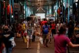 Vista del mercado del distrito de Marikina en Manila.