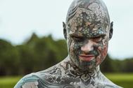Sylvain Hélaine, alias Freaky Hoody, el francés más tatuado.