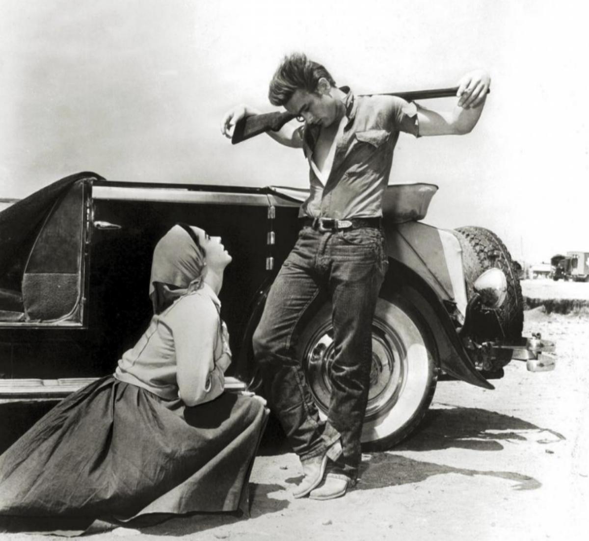 Con Elizabeth Taylor en 'Gigante'.
