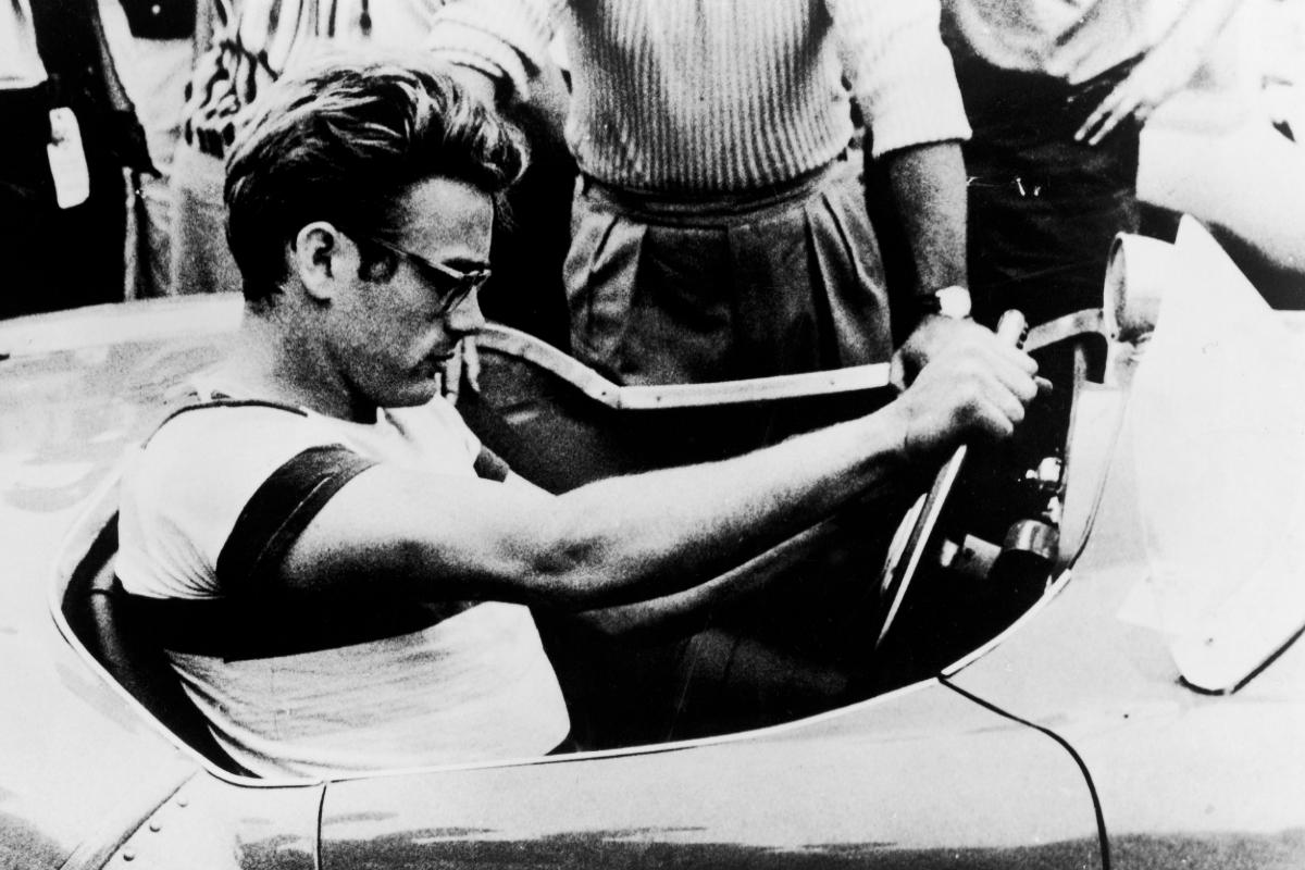 Los coches fueron una de las pasiones de James Dean.