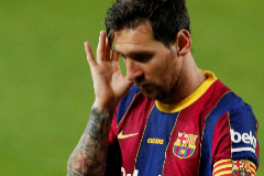 Soccer Football - Pre Season Friendly - FC Barcelona v Elche - Camp Nou, Barcelona, Spain - September 19, 2020. Barcelona's Lionel lt;HIT gt;Messi lt;/HIT gt; reacts. REUTERS/Albert Gea TPX IMAGES OF THE DAY