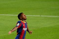 Soccer Football - La Liga Santander - FC Barcelona v Villarreal - Camp Nou, Barcelona, Spain - September 27, 2020 Barcelona's Ansu lt;HIT gt;Fati lt;/HIT gt; celebrates scoring their second goal REUTERS/Albert Gea