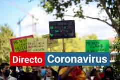 Manifestación contra las restricciones de la CAM contra el coronavirus en el distrito de Vallecas en Madrid.