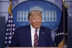 Donald Trump durante una ueda de prensa en la Casa Blanca.