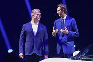 Michael Manley, y John Elkann, CEO y presidente de FCA.