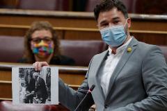 -FOTODELDIA- MADRID.- El portavoz de ERC, Gabriel lt;HIT gt;Rufián lt;/HIT gt;, durante su intervención en la sesión de control al Ejecutivo este miércoles en el Congreso.