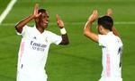 Vinicius pone un parche en un mediocre acto del Madrid