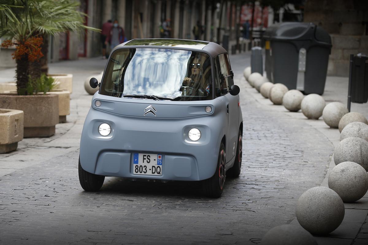 Al volante del Citroën AMI: restricciones, las justas