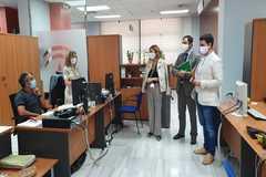 La consejera de Empleo, Rocío Blanco, visitando este jueves los servicios centrales del Instituto Andaluz de la Juventud en Sevilla.