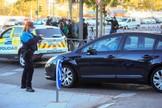 Una policía local durante un control en Alcorcón