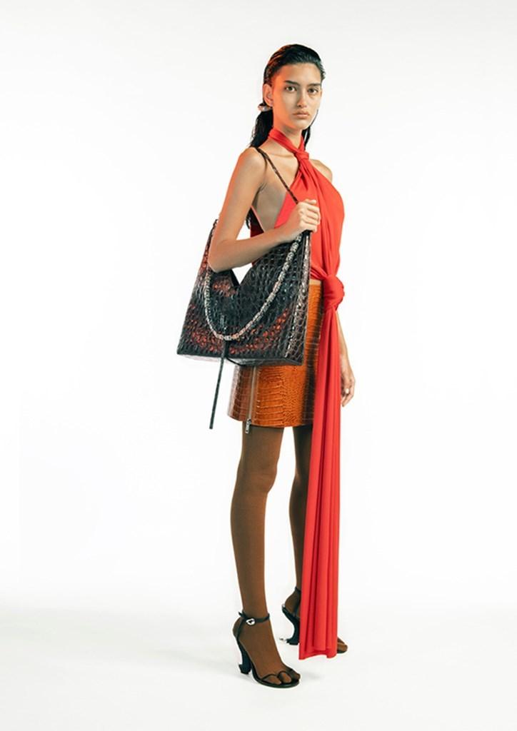 Desfile de Givenchy - Colección primavera-verano 2021 - Semana de la Moda de París