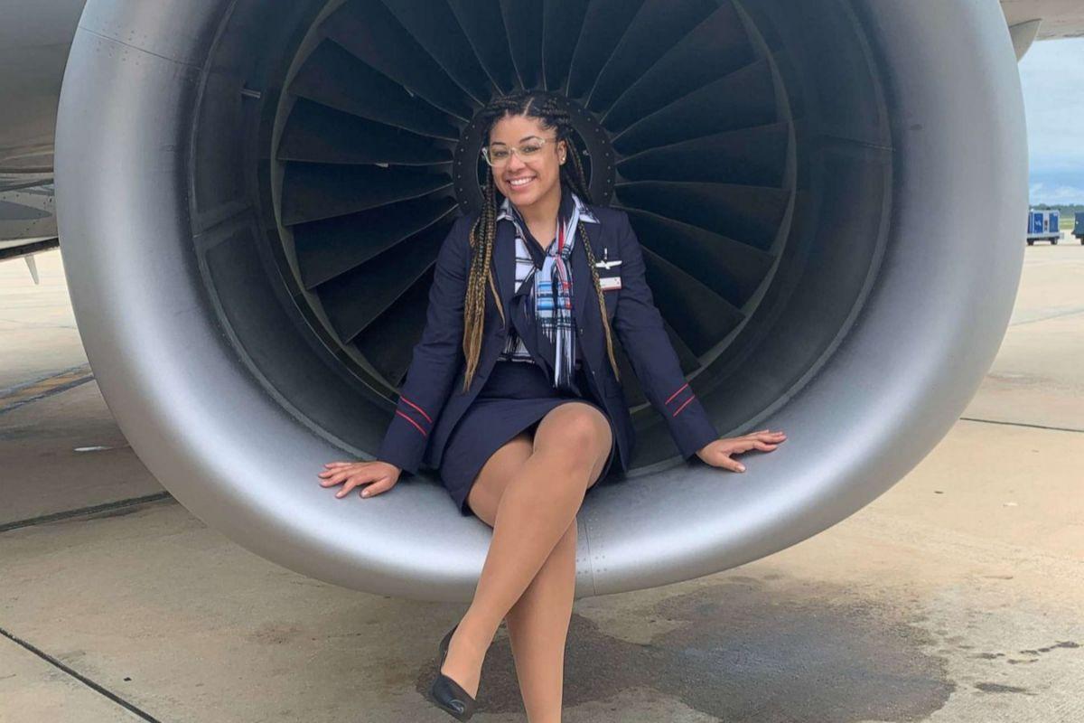 Breaunna Ross, en la turbina de un avión