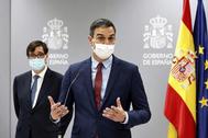 El presidente del Gobierno, Pedro Sánchez, y el ministro de Sanidad Salvador Illa.
