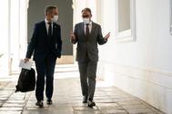 Los consejeros Bravo y Bendodo, este martes en el Palacio de San Telmo.