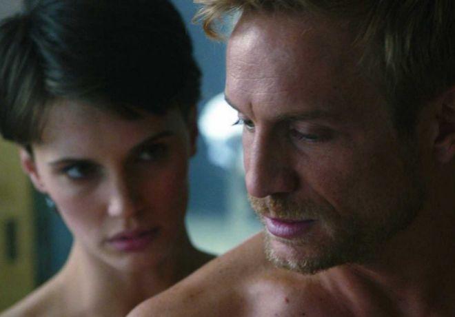 Marine Vacth y Jérémie Renier protagonizan 'El amante doble'.