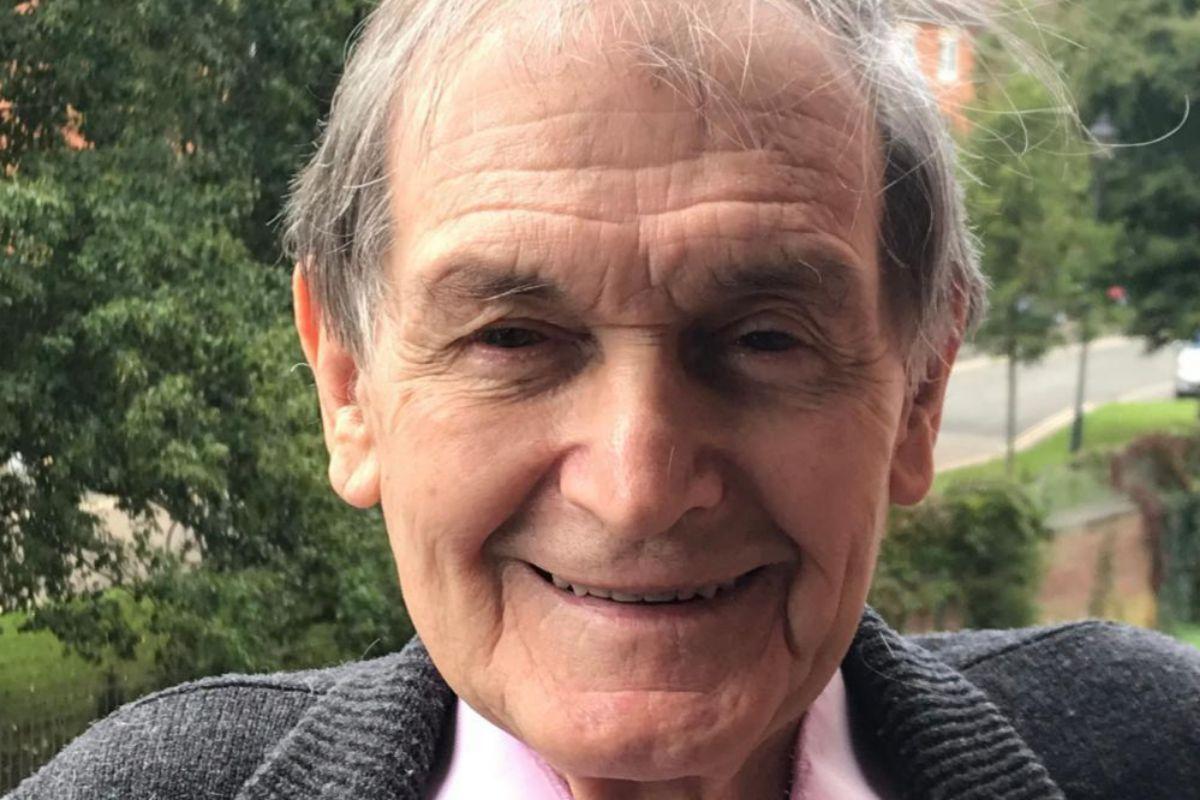 Roger Penrose, el 6 de octubre, tras saber que había ganado el Nobel de Física