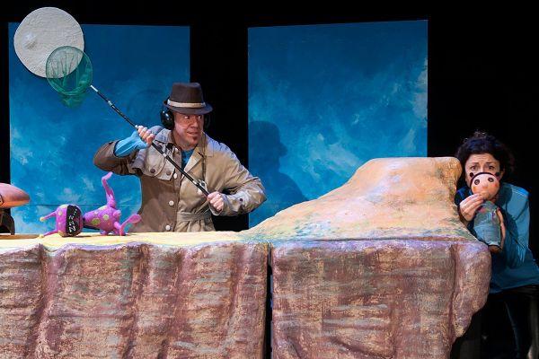 Representación de la aventura intergaláctica de 'Blip y Lúa' en el Teatro de Títeres del Retiro
