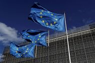 FILE PHOTO: European Union lt;HIT gt;flags lt;/HIT gt; flutter outside the European Commission headquarters in lt;HIT gt;Brussels lt;/HIT gt;, Belgium