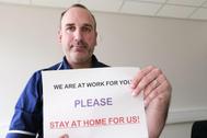 Joan Pons, enfermero en Reino Unido, es uno de los 50.000 voluntarios que ha probado la vacuna de AstraZeneca.