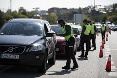 Control de la Guardia Civil en la salida de Madrid por la A-6