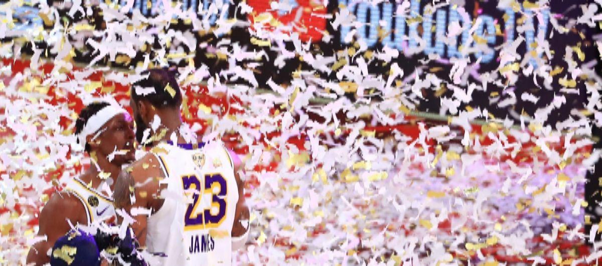 Rondo y LeBron, tras ganar el anillo.