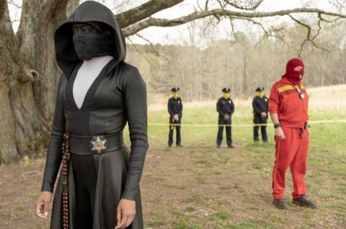 Regina King en su papel de Sister Night en 'Watchmen'.