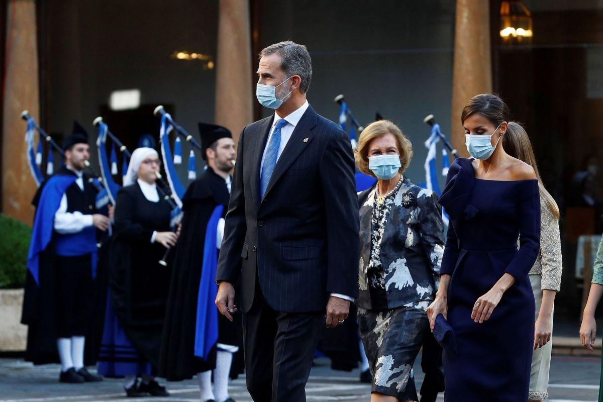 """El Rey Felipe VI pide un """"gran esfuerzo nacional de entendimiento y concordia"""" ante la crispación política"""