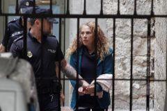 Penas de  22 y 20 años de prisión a la 'viuda negra' de Alicante y al cuidador que la ayudó a matar a su marido