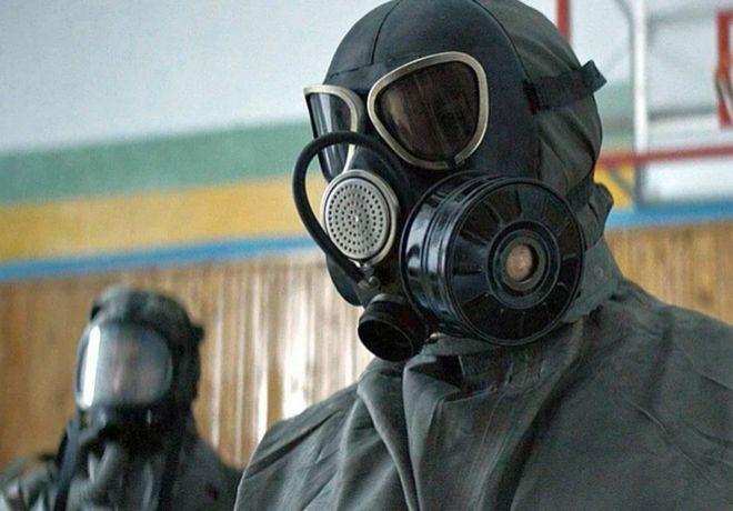 El misterioso virus que refleja la serie se transmite por el aire y el contacto entre personas.
