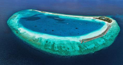 Vista aérea del resort en el atolón Baa