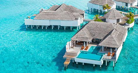 Seaside Finolhu cuenta con 125 villas ancladas sobre el océano Índico.