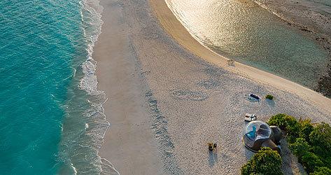 La habitación burbuja, con vistas a la playa más larga de Maldivas.
