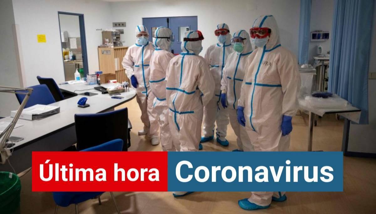 Médicos equipados con EPI contra el coronavirus en el hospital Severo Ochoa de Leganés