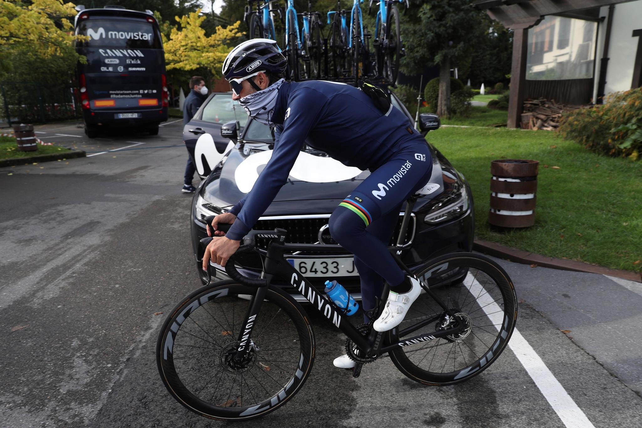 Valverde, durante un entrenamiento en Irún.