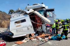 Estado del vehículo usado por Caspar tras chocar con un camión, en la provincia de Cádiz.