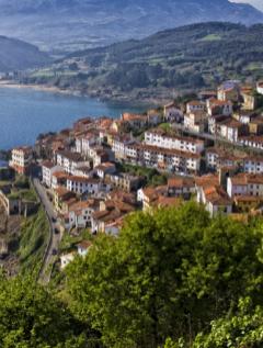 Los diez pueblos más bonitos de España para ir de luna de miel