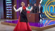 MasterChef Celebrity 5: Josie revoluciona las cocinas con su sorprendente falda