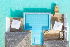 Seaside Finolhu, el hotel que demuestra que el lujo extremo es ir descalzo