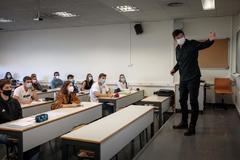 Cómo ventilar un aula covid coronavirus