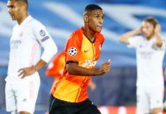 En directo: Gol de Vinicius para estrechar el cerco sobre el Shakhtar (2-3)