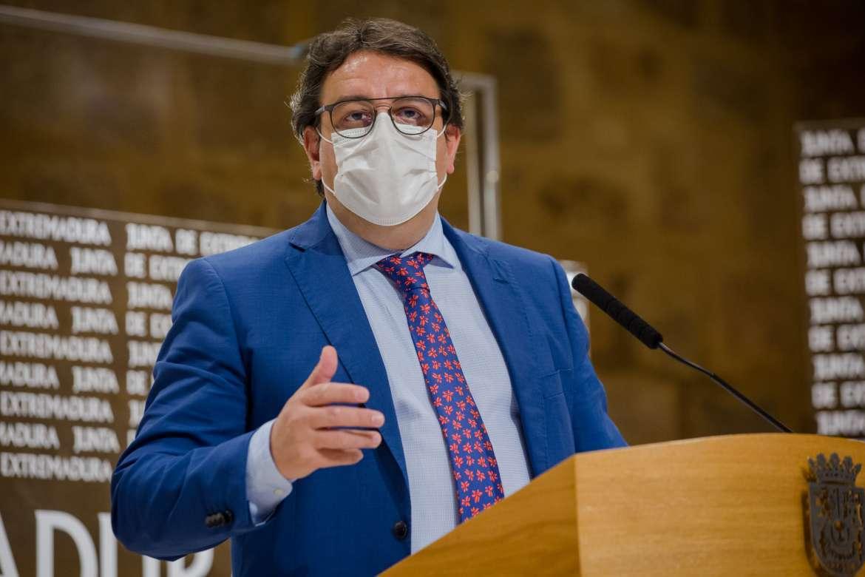 El consejero de Sanidad de Extremadura, José María Vergeles, en una comparecencia de prensa reciente.