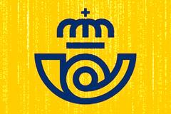 El Logo de correos acompañado de código informático.