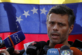 Venezuelan opposition leader lt;HIT gt;Leopoldo lt;/HIT gt; lt;HIT gt;Lopez lt;/HIT gt; talks to the media at the residence of the Spanish ambassador in Caracas, Venezuela May 2, 2019. REUTERS/Carlos Garcia Rawlins - RC1D7DE78F40
