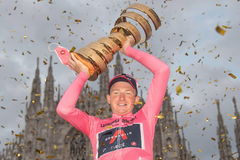 Milan (Italy).- British rider lt;HIT gt;Tao lt;/HIT gt; Geoghegan Hart of Ineos Grenadiers team celebrates with the trophy after winning the 103rd Giro d'Italia cycling race, Milano, Italy, 25 October 2020. (Ciclismo, Italia) EPA/