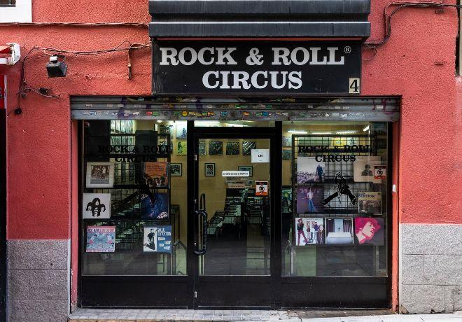 Rock&Roll Circus.