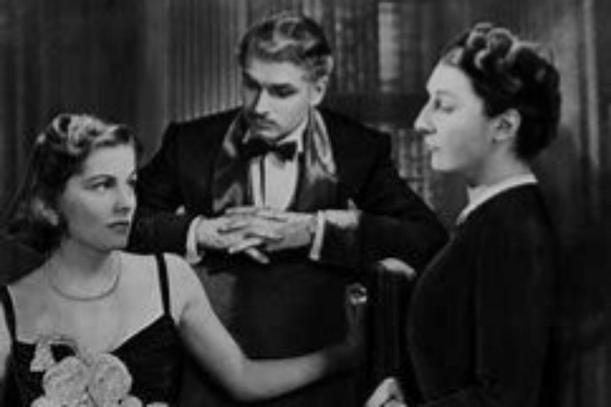 Joan Fontaine, Laurence Olivier y Judith Anderson en la versión de Alfred Hitchcok de 1940.